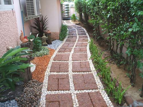 จัดสวนข้างบ้าน