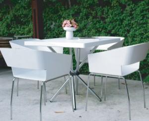 โต๊ะตกแต่งร้าน2