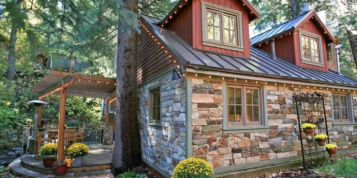 STORYBOOK STONE COTTAGE1t