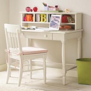 โต๊ะหนังสือ2