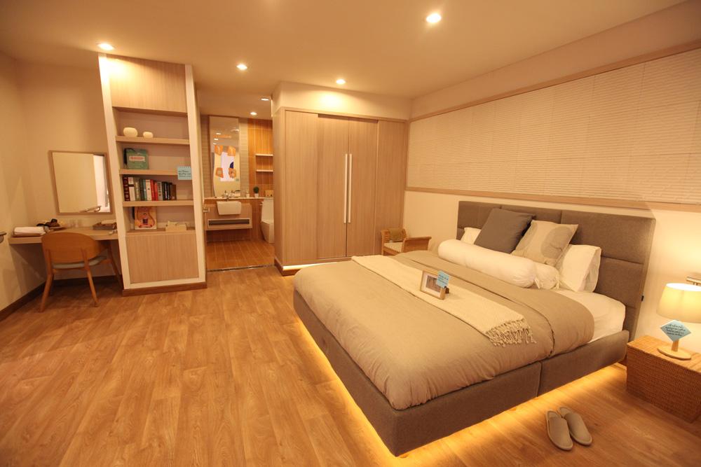 แสงไฟ Auto night light ที่จะช่วยให้ผู้สูงอายุมองเห็นเมื่อลุกจากเตียงนอน
